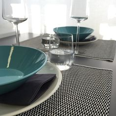 Woodnotes Morning place mats, col. black-white. Place Mats, Table Settings, Textiles, Black And White, Instagram Posts, Products, Home, Black White, Place Settings