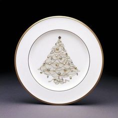 Noritake Palace Christmas Gold Holiday Accent Plates, Set of 4 by Noritake CO., INC.. $91.73. Dishwasher Safe. World Famous Noritake Quality, Value and Design. Holiday Accent Plates, Set of 4. White Porcelain. Since 1904, Noritake has been bringing beauty and quality to dinner tables around the world. Superior artistry and craftsmanship, attention to detail and uncompromising commitment to quality have made Noritake an international trademark during this past century. Noritake ...