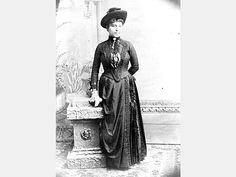 Amanda America Dickson, the daughter of a slave and her owner, became one of the wealthiest black women in nineteenth-century America. She was born on November 20 or on the Hancock County pl Us History, Women In History, Black History, American Civil War, American History, Women In America, Civil Rights, Historical Photos, Vintage Photos