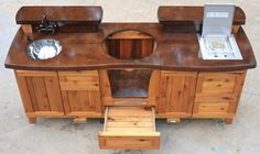 Ways To Choose New Cooking Area Countertops When Kitchen Renovation – Outdoor Kitchen Designs Big Green Egg Table, Green Egg Grill, Green Eggs, Outdoor Kitchen Countertops, Concrete Countertops, Granite, Outdoor Kitchen Design, Patio Design, Garden Design