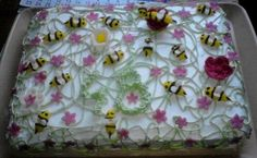 Bee cake for dad's  48. birthday