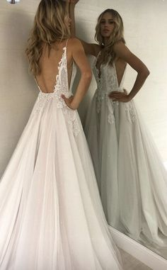 Beautiful #WEDDING look. WHITE DRESS FOR WEDDING CEREMONY. RUSTIC WEDDING DRESS. WEDDING DRESS IDEAS. #WEDDINGCEREMONY #WEDDINGDRESS #WHITEDRESS #WHITEWEDDINGDRESS #RUSTICDRESS #RUSTICKWEDDINGDRESS Detailed Wedding Dresses, Dream Wedding Dresses, Wedding Dress For Short Women, Bridal Dresses, Wedding Goals, Wedding Pins, Wedding Ceremony, Our Wedding, Wedding Engagement
