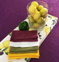 Lemon and olive box cover looks amazing with these napkins...