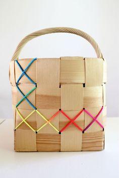 Löytö blogi on sisustusta, DIY projekteja, perhe-elämää, värejä, muotoja, designia, kierrätysmateriaaleja ja sisustusalan opiskelijan arkea.