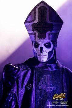 Papa Emeritus lll