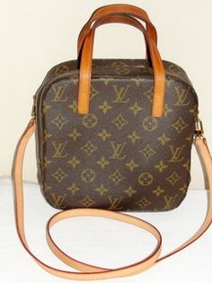d4e4406d804a Louis Vuitton Monogram Spontini Travel Case Cosmetic Bag