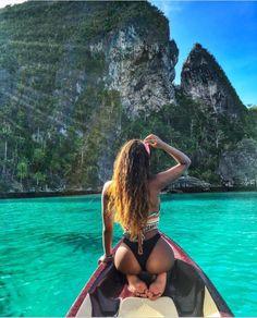 #indonesia #travel-curvish moments @rosanna_cordoba #booty #bikini #swimwear