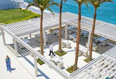 white-palace-the-taverna-greek-restaurant    #luxuryhotels  #luxuryresorts