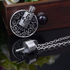 Wholesale Fashion Jewelry Aromatherapy Essential Oil Diffuser Necklace Perfume Bottle Pendant