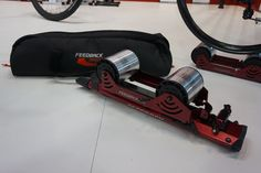 feedback-sports-omnium-portable-bicycle-rollers-trainer05