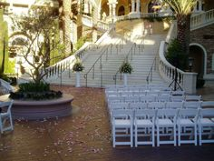 Off-strip, the Green Valley Ranch Resort is a great venue for an outdoor wedding ceremony