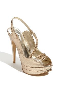 Just bought these for my wedding in PARIS! Bling Shoes, Gold Shoes, Pumped Up Kicks, Chi Chi, Pumps, Heels, Shoe Game, Milan, Peep Toe