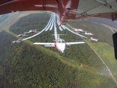 High Flight, Air Machine, Warrior Quotes, Air Show, Military Aircraft, Jets, Baseball Field, Planes, Aviation