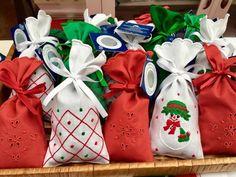 Bordal na Placa Central da Avenida Arriaga até dia 11 de Dezembro das 10:00 às 20:00 #natal #bordal #festasdenatal #bordadodamadeira
