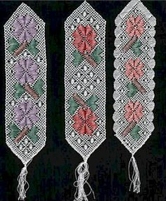 Bookmarks with Flowers - Roseground Crochet Snowflake Pattern, Crochet Snowflakes, Bobbin Lacemaking, Types Of Lace, Bobbin Lace Patterns, Lace Heart, Lace Jewelry, Lace Making, Lace Design