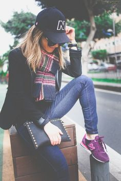 New Balance style New Balance Outfit, New Balance Style, Passion For Fashion, Love Fashion, Casual Outfits, Fashion Outfits, Fashion Trends, New Balance Damen, Look Girl
