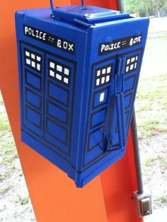 Clan Riffster's Tardis geocache (50 cal ammo can). I was a Dr. Who fan as a kid and this is just freakin' awesome!