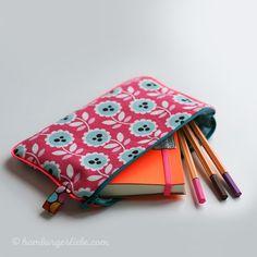 Tutorial Tuesday: wie ihr ratzfatz ein Schreibmäppchen mit Endlosreißverschluss und Paspel näht, das mächtig was her macht.