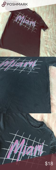 Miami  🌴 is my Vice 😍 Awesome Scott Free /Small! This awesome sized small , Miami is my vice tee is sweet as can be . Great front logo , does have common wear &  does Have small mark on bottom front , nothing overly major . Great for a diy , bleaching , or to rock just the way it is ! 😍 Vintage Tops Tees - Short Sleeve