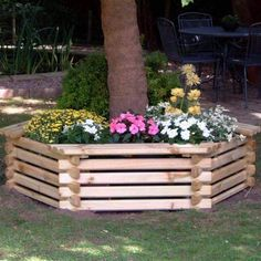 This Large tree seat planter is designed for any size garden, All Sorts Shop has a range of small and large wooden planters to choose from such as our tree seat planter. Tree Planters, Wooden Garden Planters, Diy Planters, Planter Boxes, Planter Ideas, Bench Around Trees, Tree Seat, Tree Bench, Landscaping Around Trees