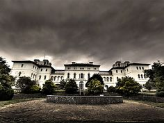 The Ararat Lunatic Asylum, also known as the Aradale Mental Hospital, is the largest abandoned mental institution in Australia. It is also believed to house the spirits of many who died there.