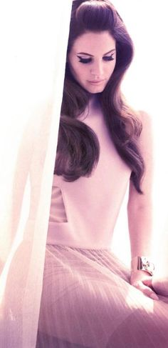 Lana Del Rey ♥ I am in love with her voice and I also love her vintage style :))))