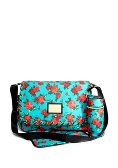 BETSEYVILLE Twinkle Toes Messenger Bag      SUPER CUTE diaper bag found on Ideeli-only $29.99!  (regularly $148)