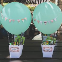 Ideas for baby shower party favors ideas air balloon Hot Air Balloon Centerpieces, Diy Hot Air Balloons, Baby Shower Decorations For Boys, Baby Shower Party Favors, Baby Shower Balloons, 1st Birthdays, Diy For Girls, Party Themes, Ideas Party