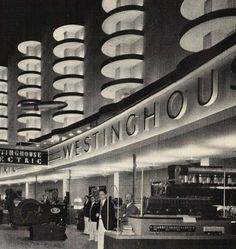 Art Deco : 1934 World's Fair. @Deidré Wallace
