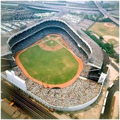 """Aerial view of old Yankee Stadium - A packed house on a hot summer day. Shea Stadium, Yankee Stadium, Baseball Park, Baseball Field, Mlb Stadiums, Baseball Classic, Stadium Tour, Field Of Dreams, Washington Nationals"