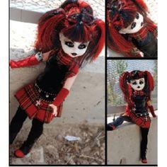 #Gothic Vamp doll Lilith