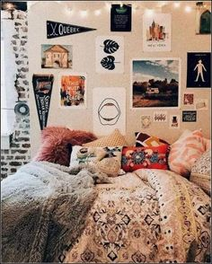 Hey everyone! Dorm room essentials create a stylish space for lounging, studying & sleeping. Find ideas, products and dorm room decorating tips. From cute dorm room decor and funny college post Cozy Bedroom, Bedroom Inspo, Bedroom Decor, Bedroom Ideas, Teen Bedroom, Wall Decor, Bedroom Romantic, Bedroom Themes, Master Bedrooms