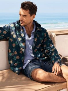 Shop for men's jackets and coats at H&M. Find tailored coats and practical parkas, denim jackets, biker jackets and modern bomber styles. Nautical Outfits, Nautical Fashion, Nautical Clothing, 2010s Fashion, Fashion Wear, Coachella Outfit Men, H M Men, Latest Mens Fashion, Casual Street Style