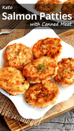 Keto Salmon Patties with Canned Meat – Recommended Tips Empfohlene Tipps: Keto-Lachs-Pastetchen mit Fleischkonserven – Empfohlene Tipps Salmón Keto, Low Carb Keto, Ketogenic Recipes, Diet Recipes, Cooking Recipes, Slimfast Recipes, Dessert Recipes, Recipes Dinner, Easy Low Carb Recipes