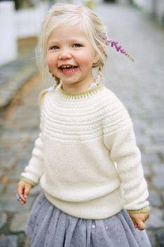 Søkeresultater for « Baby Sweater Knitting Pattern, Crochet Headband Pattern, Baby Knitting Patterns, Baby Patterns, Crochet Dress Girl, Knit Crochet, Knitting For Kids, Knitting Projects, Baby Sweaters