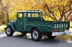 1978 Land Cruiser FJ45 Longbed AC PS Who doesn't love a vintage truck?