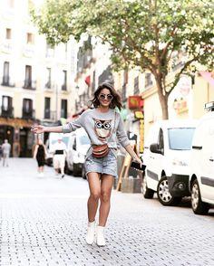"""73.6 mil curtidas, 342 comentários - Camila Coelho (@camilacoelho) no Instagram: """"Happy in Madrid! Feliz em Madri! O clima aqui tá uma delicia! #travel"""""""