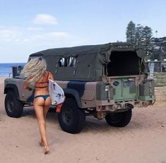 Travel Discover High quality canvas canopies accessories news and advice for the mighty ex military Land Rover Perentie. Jeep 4x4, Jeep Truck, 4x4 Trucks, Sexy Cars, Hot Cars, Aigle Animal, Jeep Wrangler Girl, Jeep Baby, Vw Lt