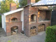 Now this is an Awesome Brick oven!
