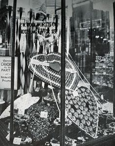 F.W. Woolworth Co. Valentines Day Candy Window Display