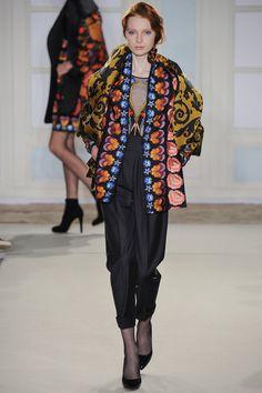 Temperley London / Fall 2014 RTW / High Fashion / Ethnic & Oriental / Carpet & Kilim & Tiles & Prints & Embroidery Inspiration /