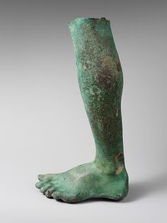 The Met: New York - Bronze left leg and foot Period: Imperial Date: or century A. Culture: Roman Medium: Bronze Dimensions: H. Historical Artifacts, Ancient Artifacts, Fall Of Constantinople, Roman Sculpture, Roman History, Roman Art, Body Sculpting, Ancient History, Ancient Rome