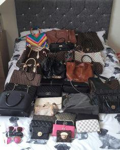#bags #lv #dkny #raybans #chanel #moschino Louis Vuitton Speedy Bag, Louis Vuitton Damier, Moschino, Ray Bans, Chanel, Bags, Fashion, Handbags, Moda