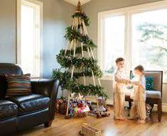 Resultat d'imatges de christmas tree pallets