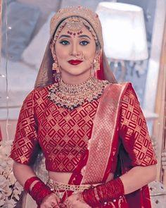 Indian Bridal Lehenga, Indian Bridal Fashion, Indian Fashion Dresses, Beautiful Girl Photo, Beautiful Girl Indian, Girl Photo Poses, Girl Photos, Shivangi Joshi Instagram, Stylish Photo Pose