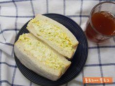 맛있는 샌드위치 만들기 7가지 레시피 Cornbread, Vanilla Cake, Sandwiches, Food And Drink, Cheese, Cooking, Ethnic Recipes, Desserts, Millet Bread