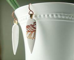 elegant earrings... I want them!