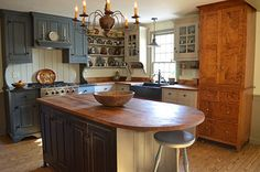 Boston Saltbox Kitchen