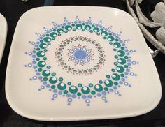 Mandala Painting, Dot Painting, Painting Patterns, Pottery Painting, Ceramic Painting, Stone Painting, Mandala Dots, Flower Mandala, Stippling Art