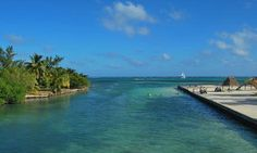Ambergris Caye, Belize (Flickr: Xiaozhuli)